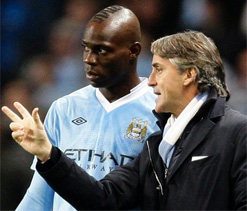 Mancini insists 'bad boy' Balotelli not leaving Man City