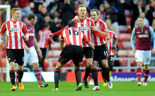 Sunderland beat West Ham 3-0