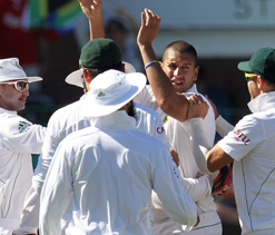 Graeme Smith hails `relentless` Proteas