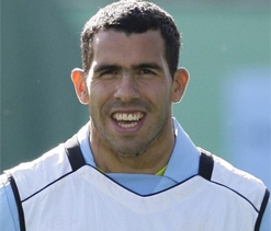 Tevez contemplating penning new deal with Man City