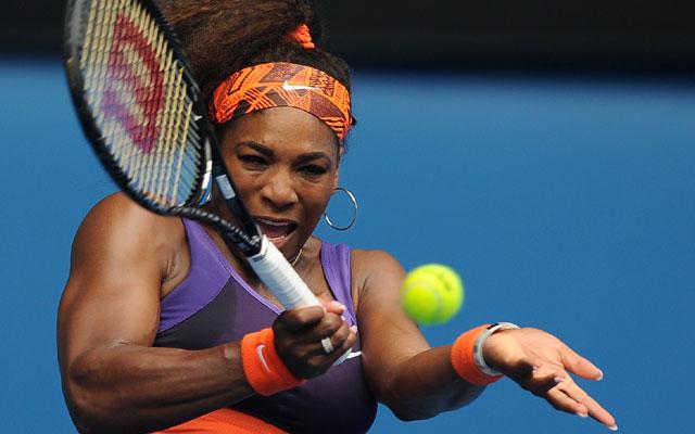 Australian Open 2013: Serena Williams in third round