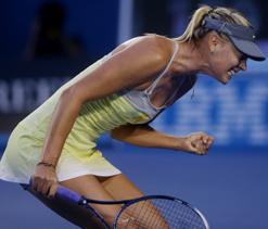 Australian Open 2013: Sharapova overpowers Venus