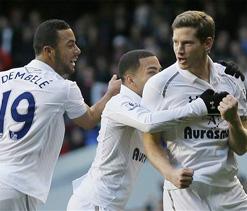 Lennon has been `massive` for Tottenham, beams Villas-Boas