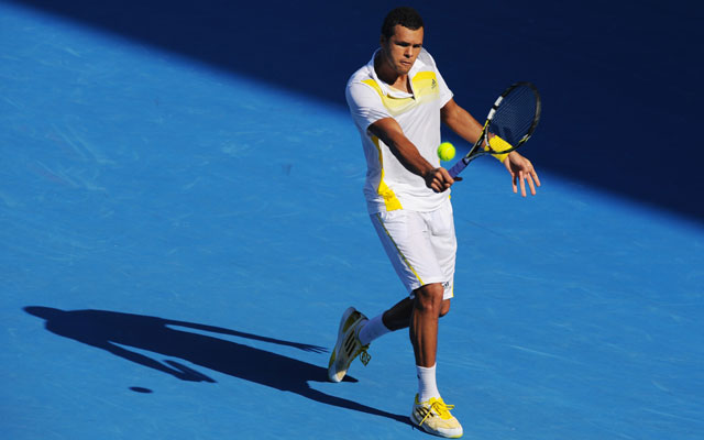 Australian Open: Tsonga through to last eight