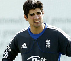 Eng team favourites for Ashes: Fraser