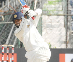 Mumbai start favourites against Saurashtra in final