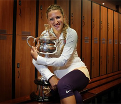 Azarenka beats injured Li to retain Australian Open title