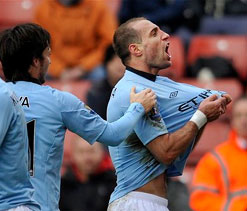 Manchester City beat Stoke City in FA Cup