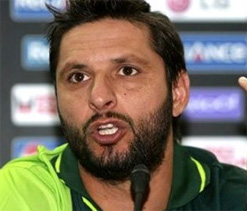 Pak missing 'partnership breaker' Afridi against India: Misbah