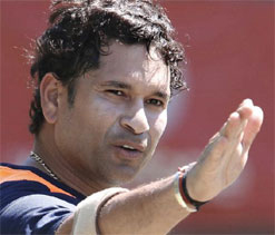 Leave retirement decision to Sachin: Intikhab Alam