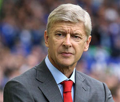Wenger says Arsenal fans only want Messi-like signings