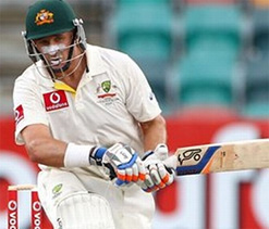 Hussey says Lyon's 'great character' behind becoming Oz's next 'song leader'