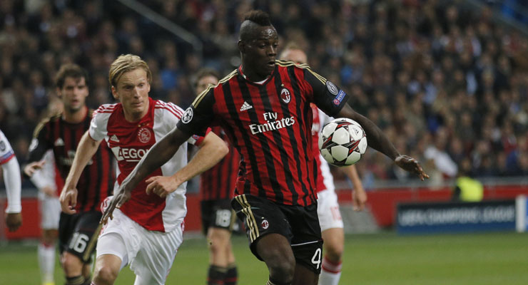 UEFA Champions League: Mario Balotelli helps AC Milan snatch point in dramatic finish
