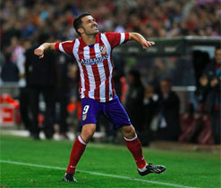 Atletico close gap on La Liga leaders