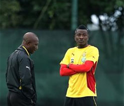 Ghana players arrive for Egypt WC play-off