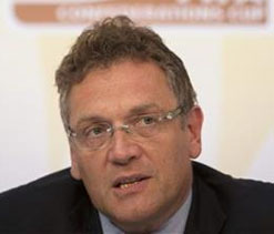 Jerome Valcke keeps heat on Brazil for 2014 World Cup venues