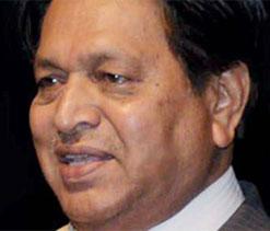 Chandu Borde wants to see Tendulkar as Sports Minister