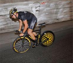 Armstrong seeks dismissal of fraud case