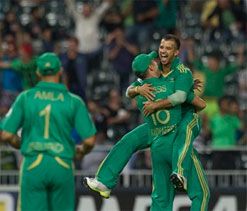 South Africa beat Pakistan in rain-hit T20I at Wanderers