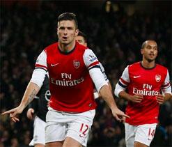 Goals make Giroud stronger, says Wenger