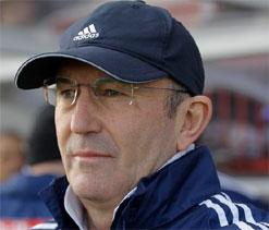 New boss Pulis looking to keep up proud record at Palace