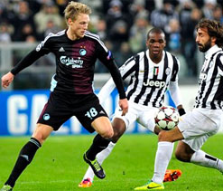 Juventus beat Copenhagen with Vidal hat trick
