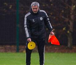 Mourinho coy over errant `son` Hazard