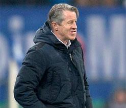 Pressure still on Schalke coach Keller