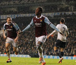 West Ham beats Spurs 2-1 in Capital One Cup