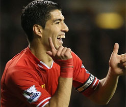 Suarez dreaming as race goes into festive overdrive
