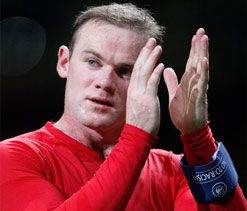 Rooney playing for the team, says Moyes