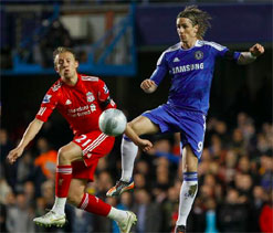 Liverpool`s Lucas plays down title talk