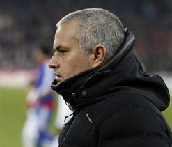 Onus on Man City to chase Arsenal, says Jose Mourinho