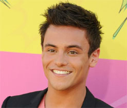 Tom Daley thanks fans for support after coming out