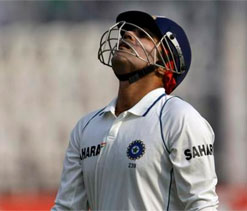 Virender Sehwag fails again; Manhas, Bhatia bat well for Delhi on day 1