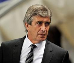 Don`t write off United yet, warns Manuel Pellegrini