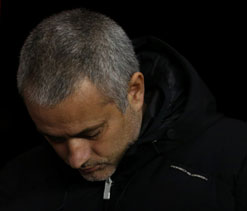 Mourinho says declining Chelsea not good enough to win PL title