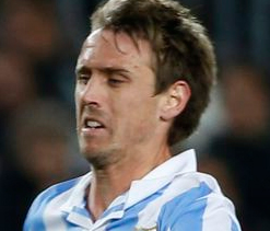 Arsenal seal €9.3m Monreal deal but fail to buy David Villa