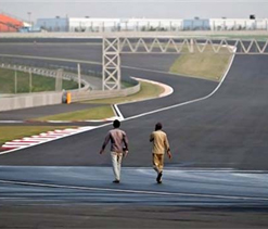 Poor infrastructure affecting Indian motorsports: Singhania