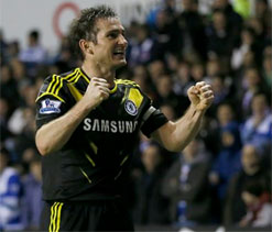 Frank Lampard signs deal to write children's book