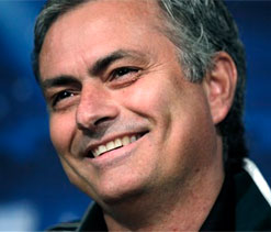 Mourinho tips Ferguson to keep managing Manchester United till 90