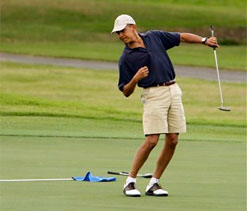 Obama plays golf with Woods; no access leaves press frustrated