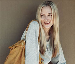 Steenkamp's mother demands answers for daughter's murder