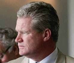 Dean Jones says Oz decision to pick four pacers for Chennai Test ``grave mistake``