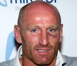 Rugby star Gareth Thomas left nauseous with new dance routine