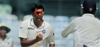 India vs Australia 2013: Hosts clinch first Test by eight wickets