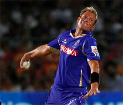Warne urges Oz to play two spinners against India in Hyderabad Test