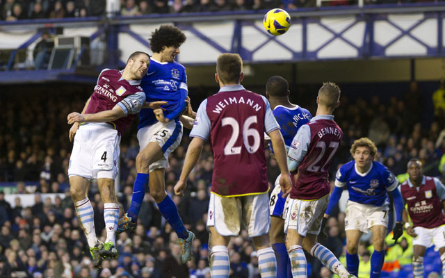 Marouane Fellaini's late strike saves a point for Everton