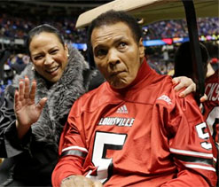 Muhammad Ali's family rejects 'near death' claims by brother