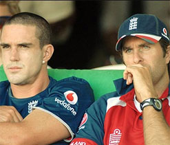 Michael Vaughan believes KP can help England do Ashes double